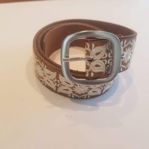 Lucky Brand Floral Leaf Embroidered Leather Belt S